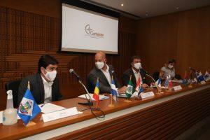 Assembleia Geral do Consórcio reúne prefeitos e governador do estado em exercício.